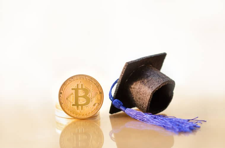 blockchain-bitcoin-graduation-degree
